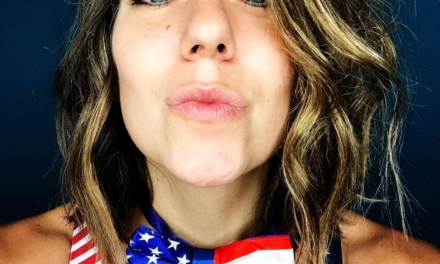 This kiss is ONLY for my followers who are veterans 🇺🇸🦅